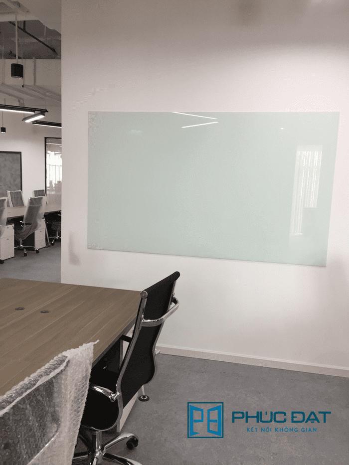 Bảng kính văn phòng