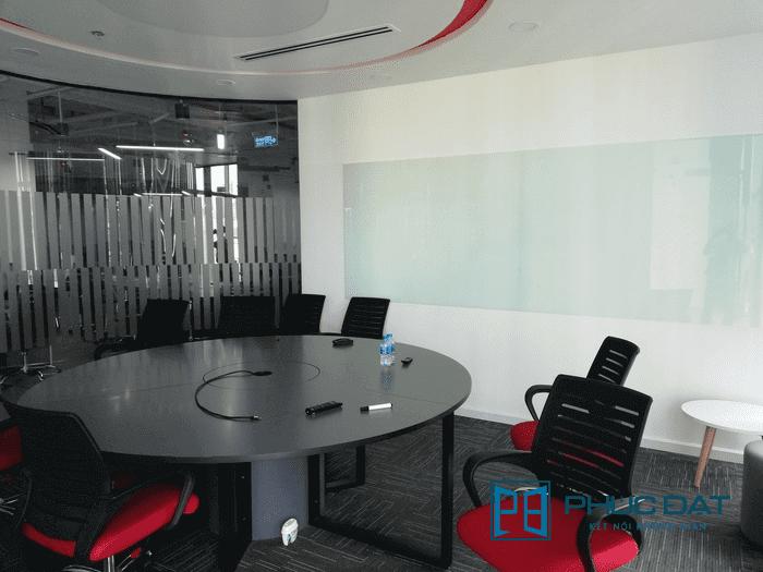 Bảng kính cường lực phòng họp