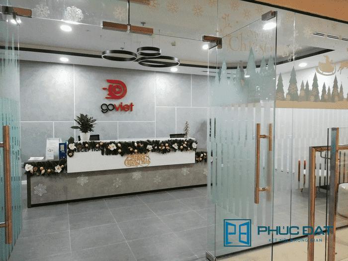các mẫu cửa kính đẹp của Phúc Đạt: Công trình cửa kính sảnh tiếp khách trụ sở công ty Go Viet