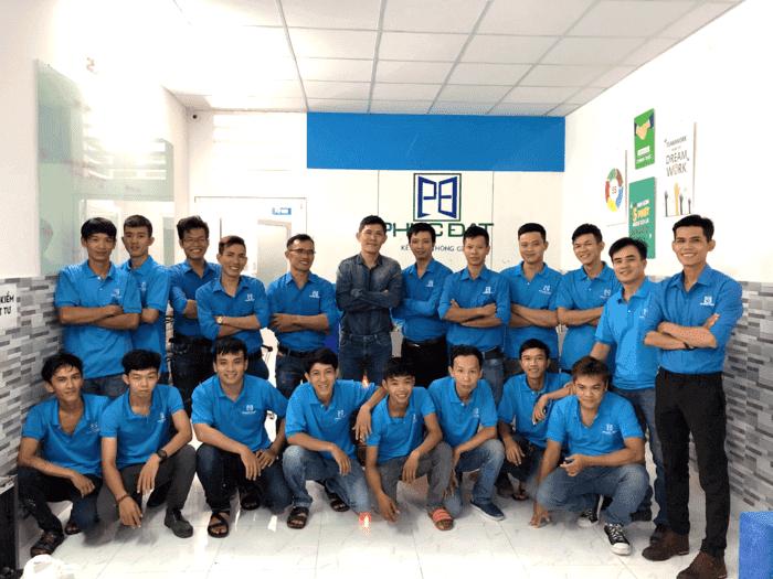Đội ngũ Giám sát kỹ thuật & đội thợ thi công nhôm kính