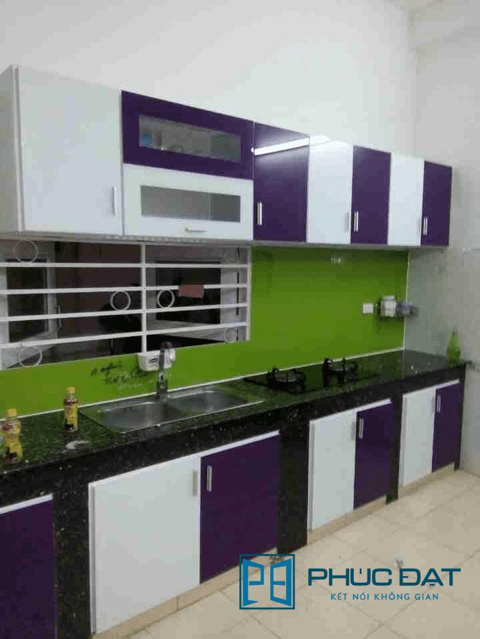 Tủ bếp nhôm kính nhỏ chữ I