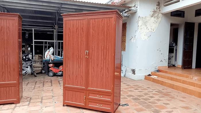 Tủ quần áo giả gỗ được ưa chuộng bởi vẻ đẹp sang trọng và giá thành rẻ