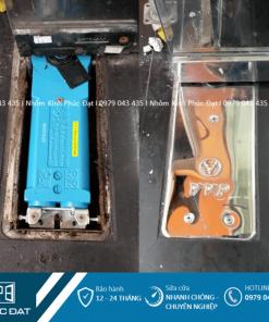 Thay mới phụ kiện bản lề sàn bị hư với bản lề sàn VVP cao cấp.