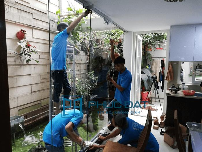Đội lắp đặt cửa kính lùa xếp tại Bình Tân, TpHCM