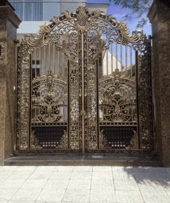 Cổng nhôm đúc nhà phố