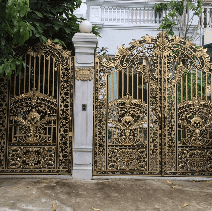 Cổng nhôm đúc biệt thự sân vườn