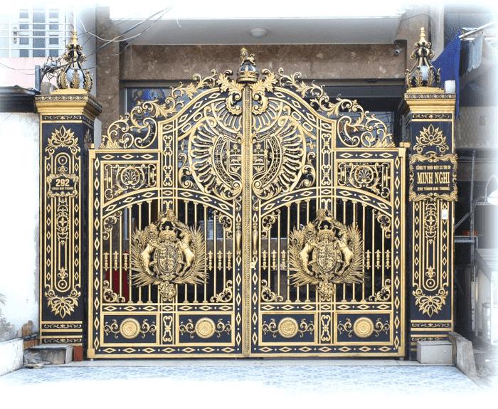 Sự sang trọng và uy nghi của những bộ cổng nhôm đúc hợp kim chính là một yếu tố làm cho sản phẩm này được nhiều khách hàng ưa chuộng lắp đặt