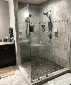 Cabin tắm thường gặp trong các khách sạn, resort cao cấp.
