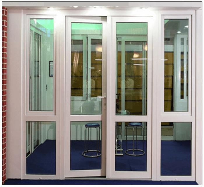 Cửa nhôm Xingfa Austdoor trưng bày tại showroom.
