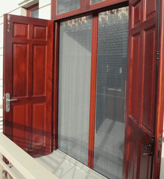 Cửa lưới chống muỗi vân gỗ