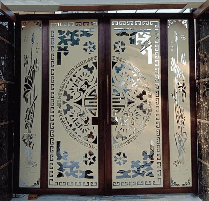 Mẫu cửa cổng sắt đẹp do Phúc Đạt Door thực hiện.