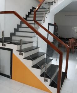 Top 100+ mẫu cầu thang kính cường lực đẹp kèm báo giá ưu đãi 2021