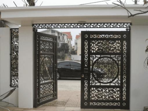 Mẫu cổng sắt đẹp thi công lắp đặt bởi Phúc Đạt.