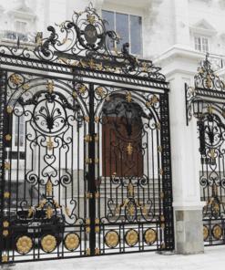 Phúc Đạt Door chuyên thi công lắp đặt các mẫu cửa sắt, cổng sắt đẹp giá rẻ 2020.