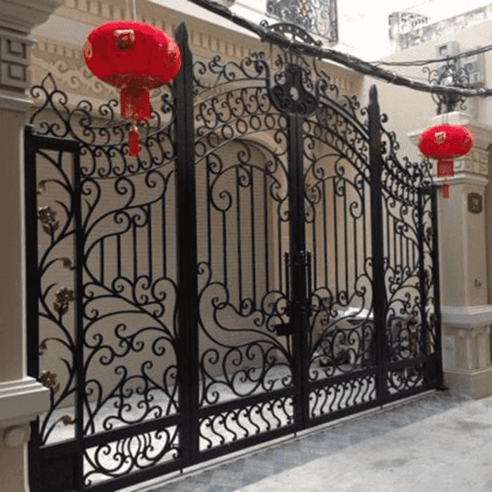 Cổng hàng rào sắt mỹ thuật đơn giản.