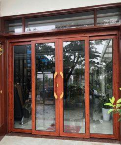 Mẫu cửa lùa mở quay vân gỗ sang trọng và có thể mở 100% diện tích cửa.