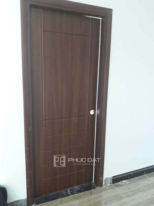 Mẫu cửa nhựa composite Đài Loan đẹp và sang trọng.