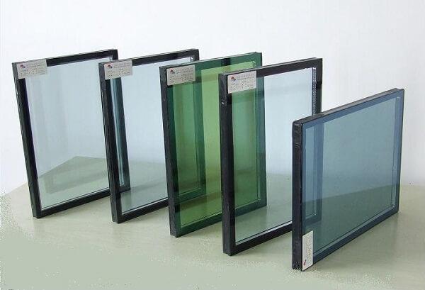 Các loại kính hộp tại showroom Phúc Đạt Door.