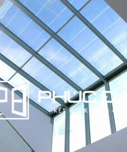 Báo giá mái kính giếng trời, mái che giếng trời bằng kính giá tốt 2021