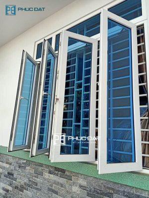 19+ mẫu cửa sổ phòng khách đẹp - Cách bố trí cửa sổ phòng khách 2021