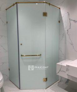 Mẫu cabin phòng tắm kính Phúc Đạt lắp đặt tại TPHCM.