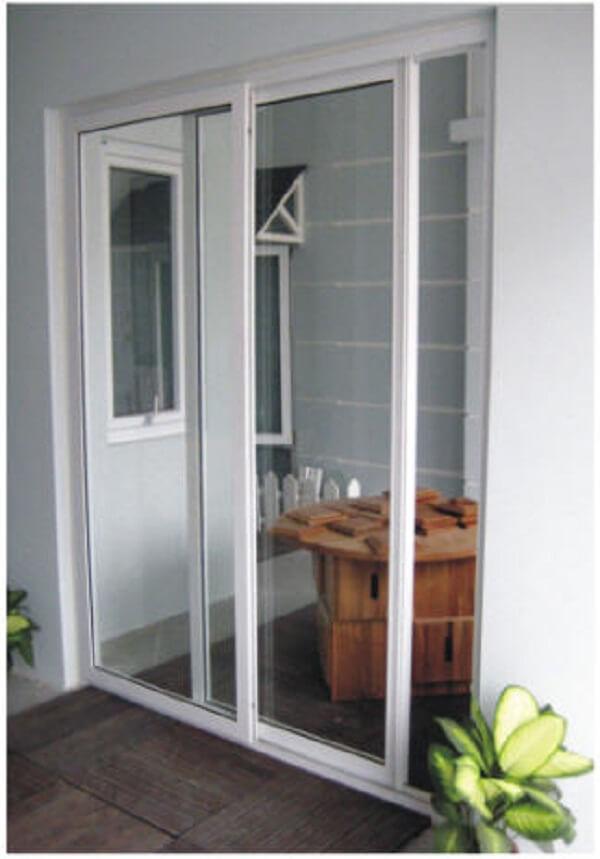 Mẫu cửa lùa nhựa nhà vệ sinh 2 cánh đẹp.