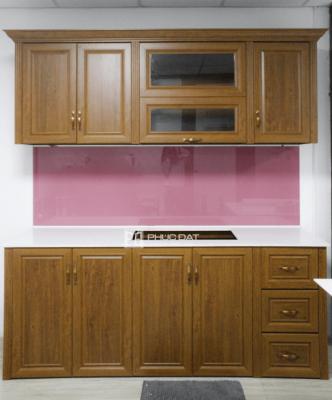 Công trình lắp đặt tủ bếp nhôm giả gỗ showroom nội thất Vạn Phú Thành
