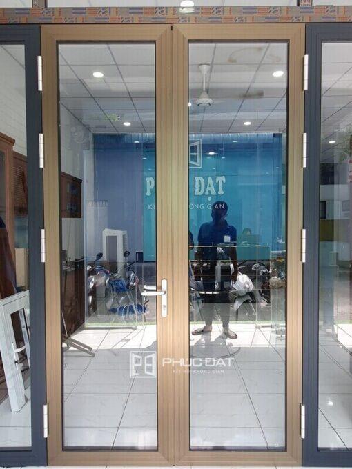 Sản phẩm cửa nhôm Namsung tại showroom Phúc Đạt, là một trong các hệ nhôm Xingfa Việt Nam chất lượng tốt hiện nay.