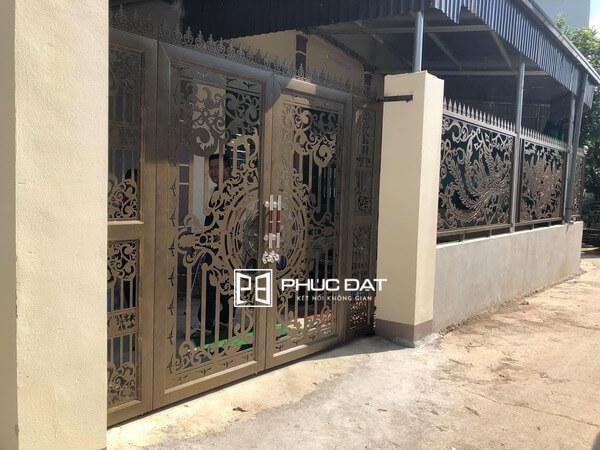 Cổng sắt cắt CNC và hàng rào sắt cắt CNC đẹp.