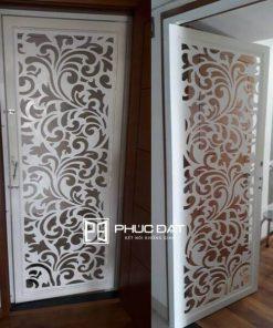 Mẫu cửa sắt sơn tĩnh điện cắt CNC lắp đặt cho nhà chung cư.
