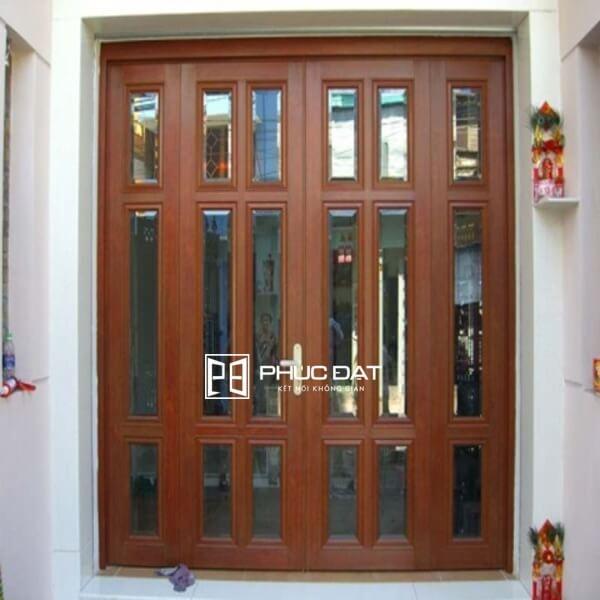 Mẫu cửa sắt đẹp nhất sử dụng sắt giả gỗ.