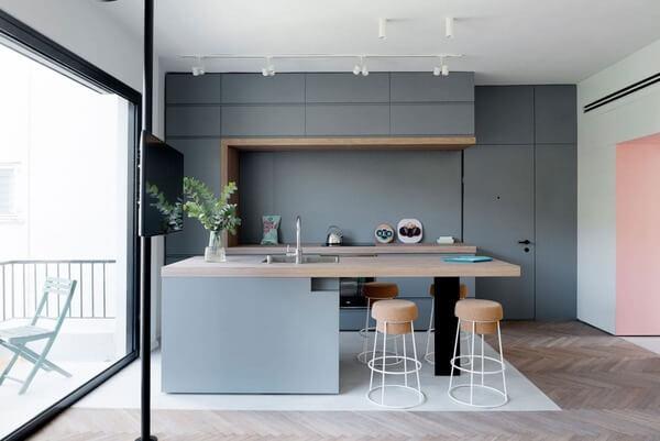 Phong cách thiết kế tủ bếp đảo hiện đại tối giản.